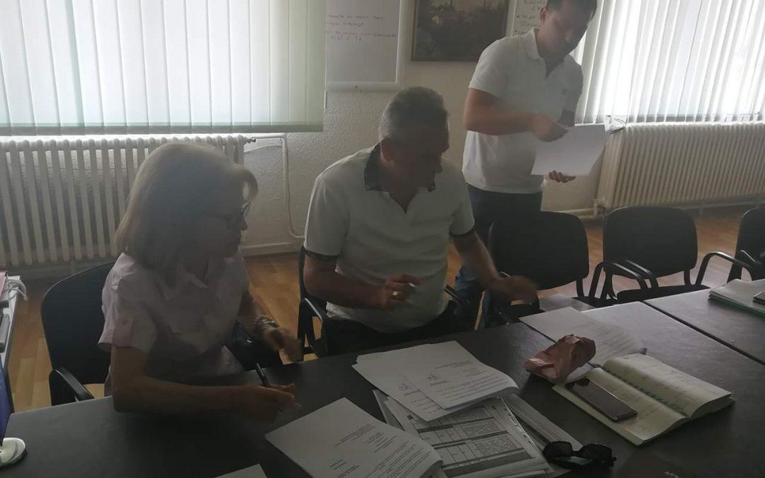 Нова PVC дограма за општинската зграда во Вевчани