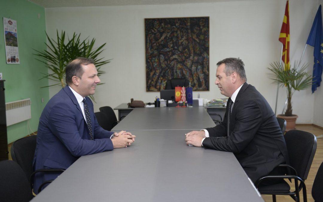 Министерот за внатрешни работи Оливер Спасовски во работна посета на општина Вевчани