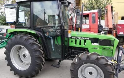 Набавен е трактор со приклучна и дополнителна механизација